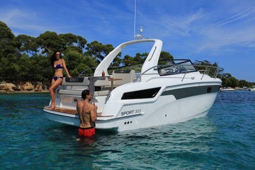 моторная яхта, Bavaria S30